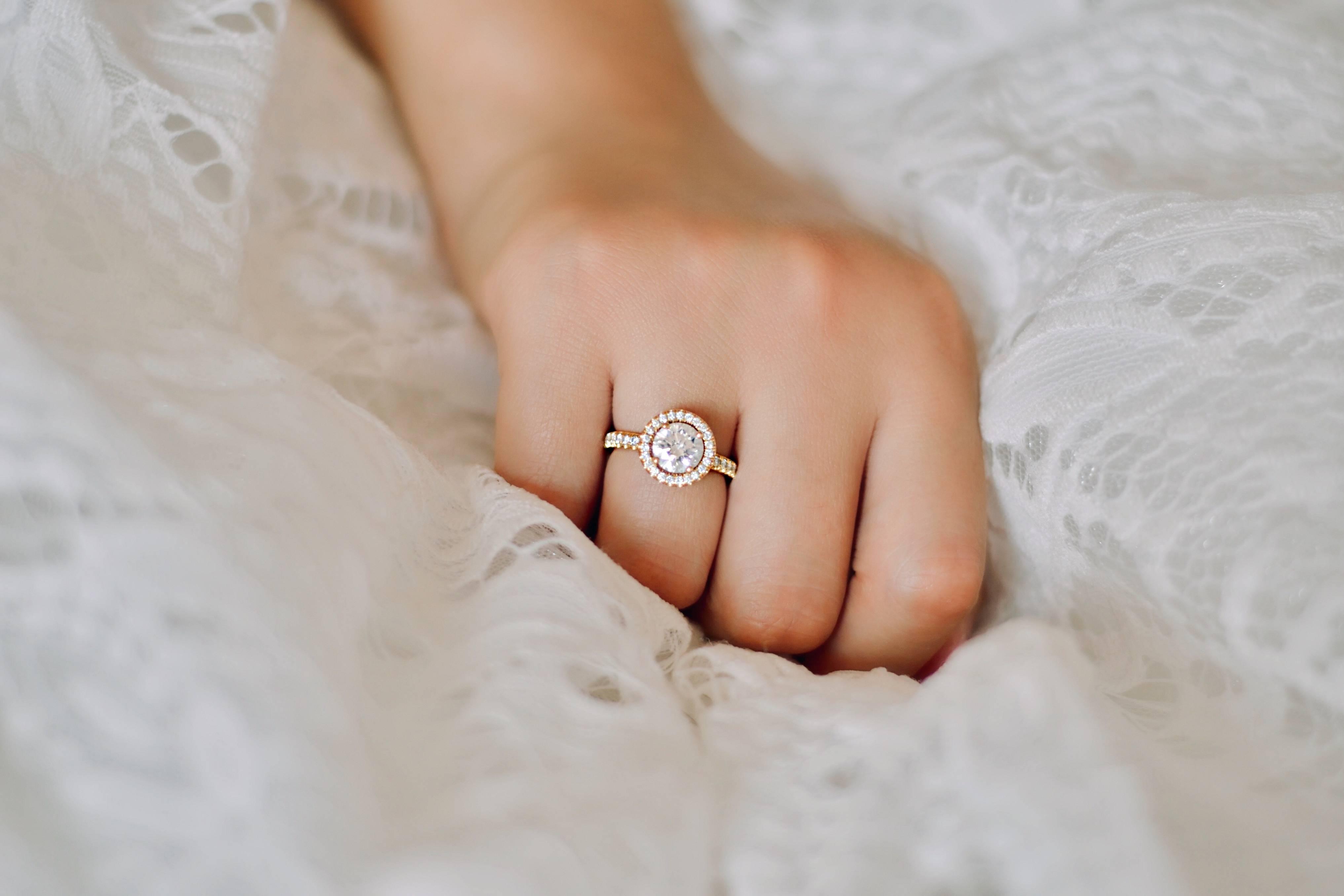 Verlobungsring, Diamanten, Schmuck, Echtschmuck, handgefertigt, Baunat