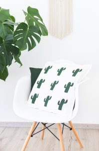 Kaktuskissen-Siebdruck-herrletter-DIY