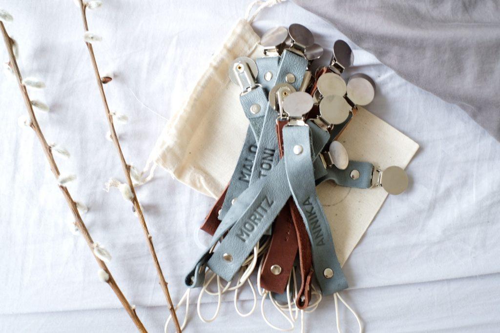 Youngs.moccs-Leder-Schnullerketten-handgemacht-handmade
