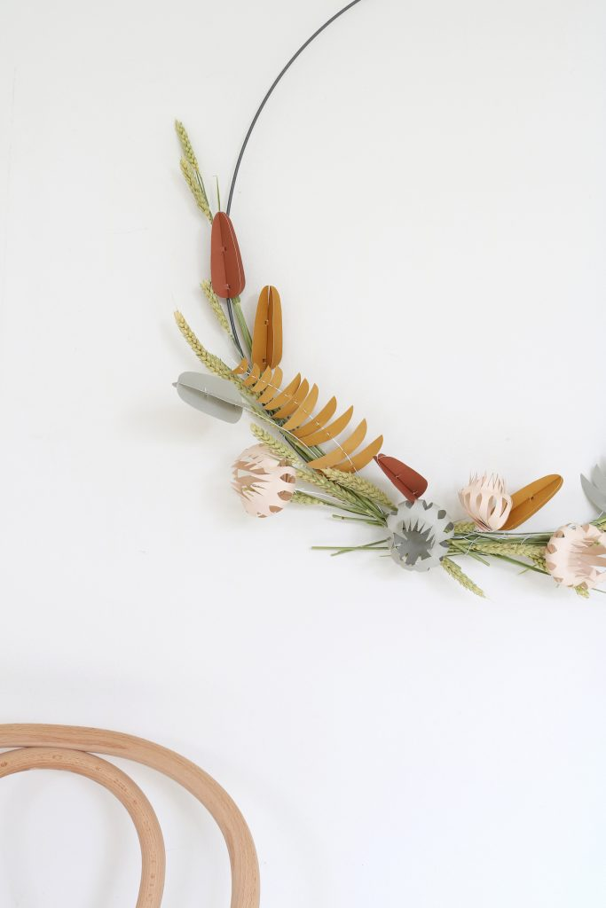 Jurianne Matter-Papierblumen-Wanddeko