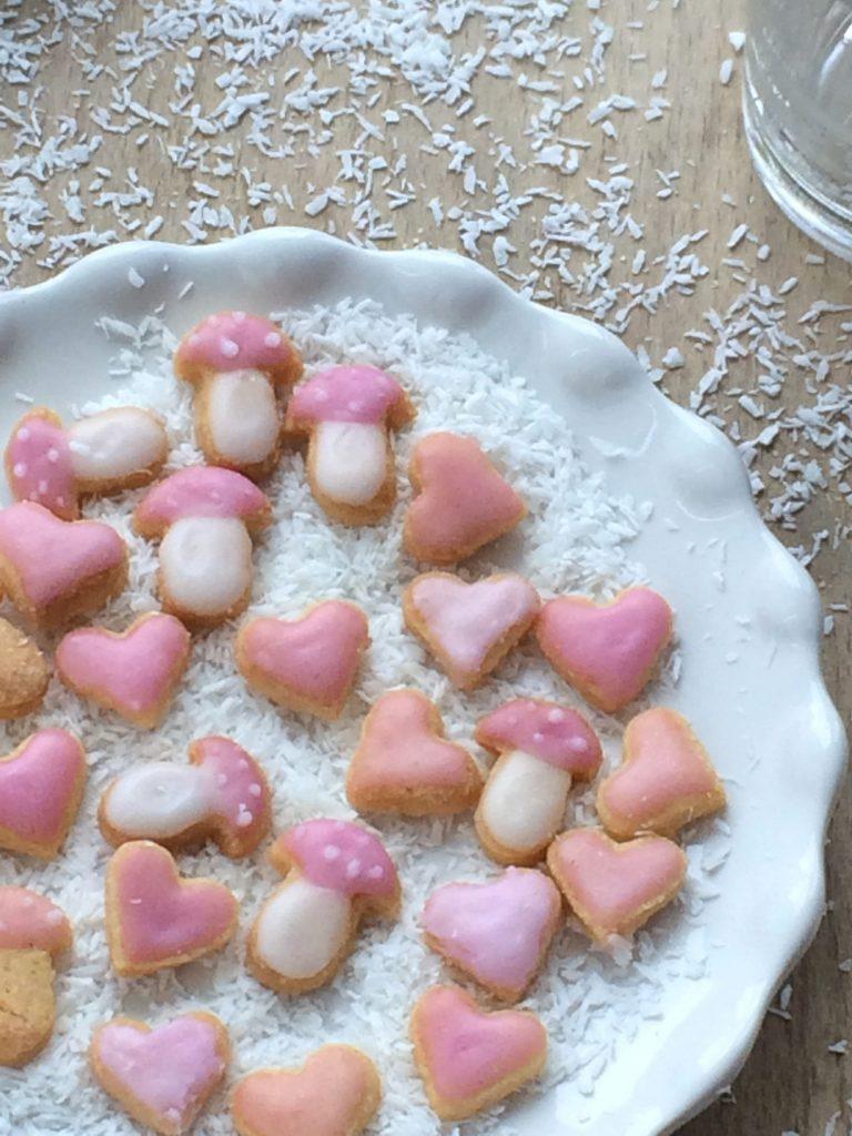 Kleine-Backglück-Kekse-backen-Herzen-Plätzchen