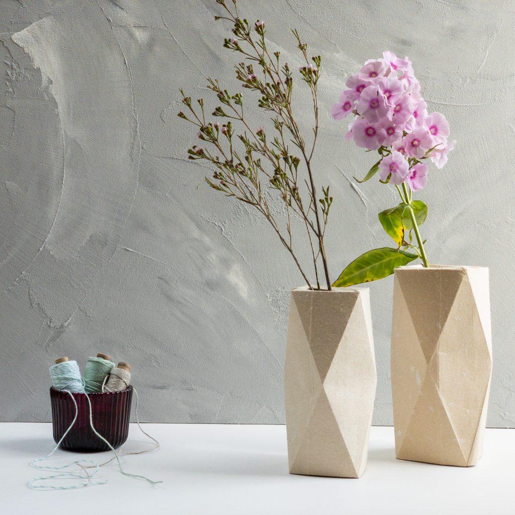 Milchtüten-Upcycling-Frühlingsdeko-Blumenvase