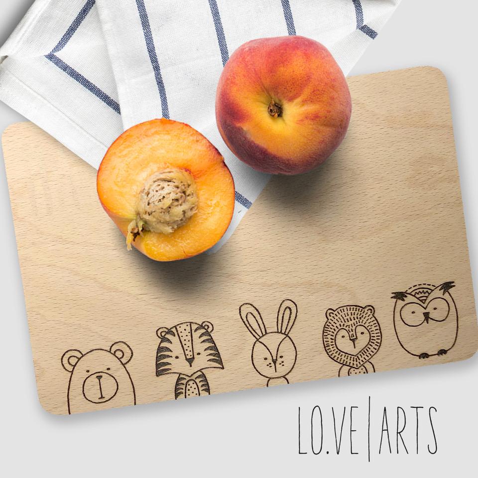Lovearts-Frühstücksbrettchen-Handgemacht-Personalisierte-Geschenke