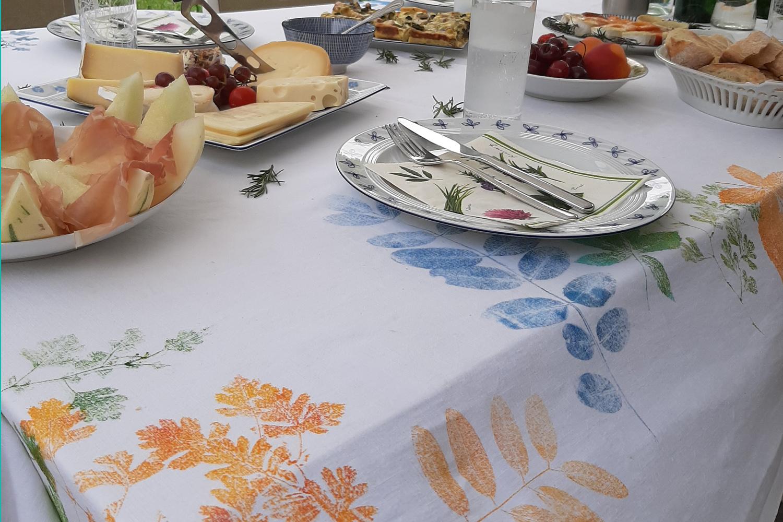 Blattkunst-Tischdecke