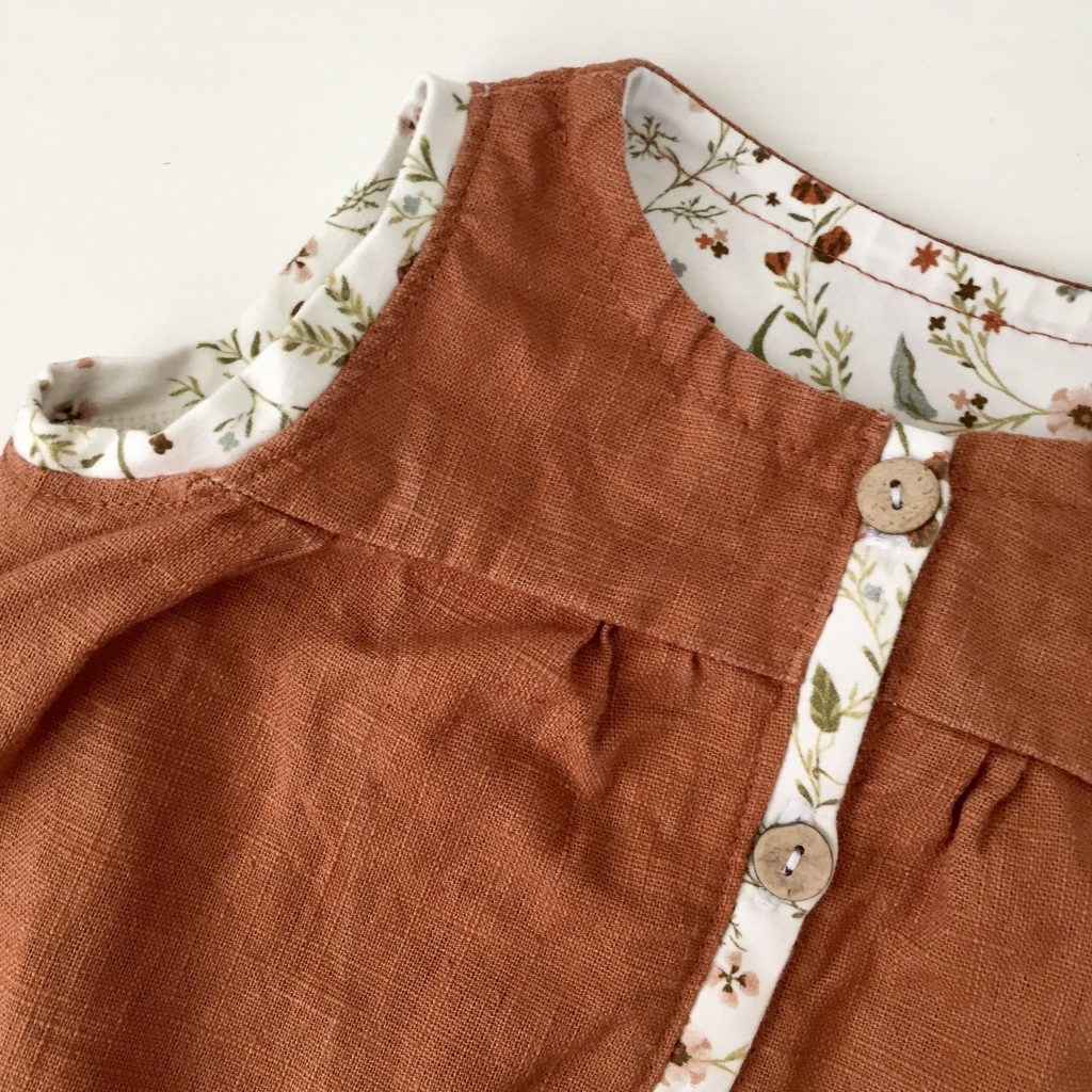Pfündchen Lieblingsstücke-handgenäht-Leinenkleid