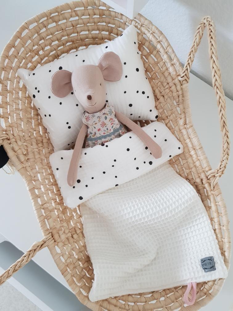 Love-First-Puppendecke-Babygeschenke-Kinderzimmer
