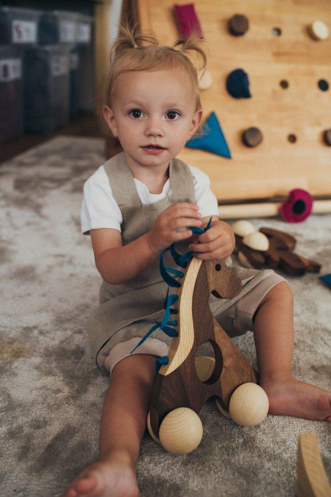 Marlinu-Pferd-Holzspielzeug