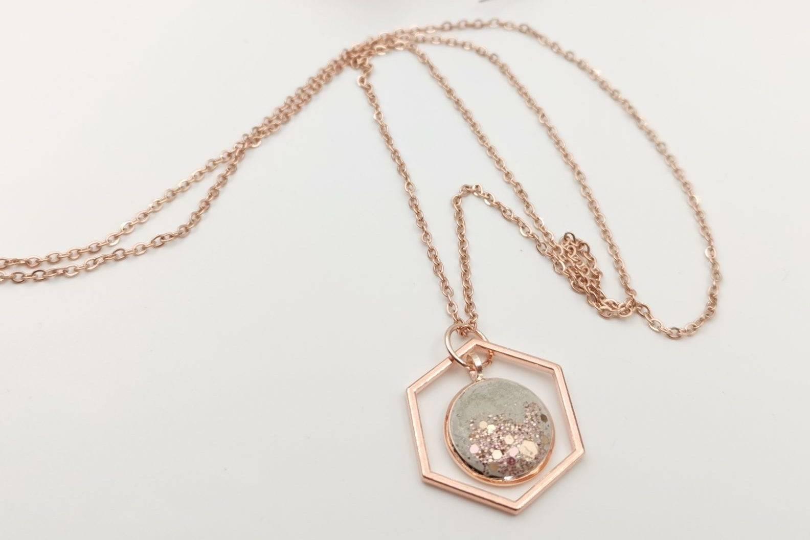 GlanzundSchimmer-Halskette-Rosegold