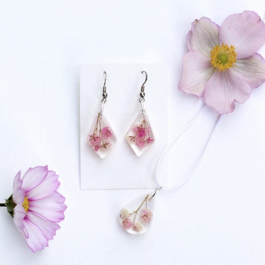Echtblütenschmuck-kamajewellery-Ohrringe